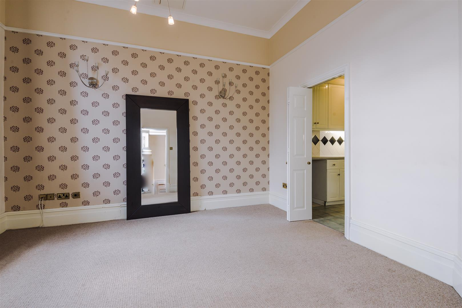 2 Bedroom Apartment For Sale Image 1